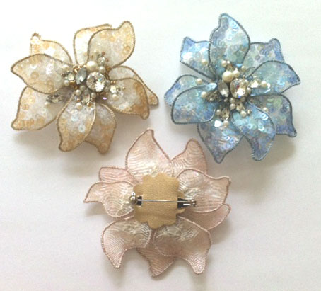 free shape brooch1.JPG