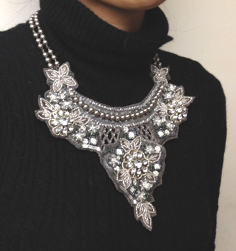 necklace silver.JPG